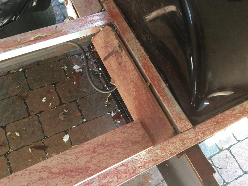Roulotte T@B : Reconstruction du plancher Img_2326
