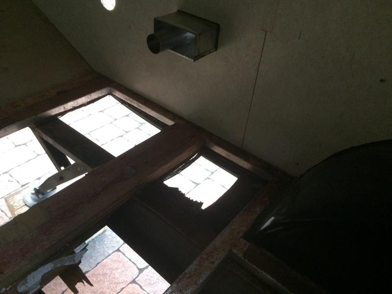Roulotte T@B : Reconstruction du plancher Img_2330