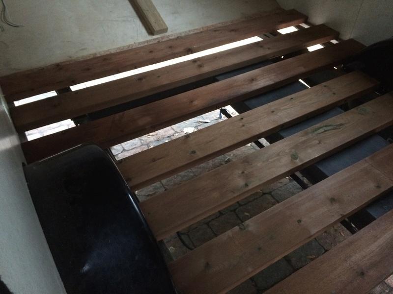 Roulotte T@B : Reconstruction du plancher Roulot21