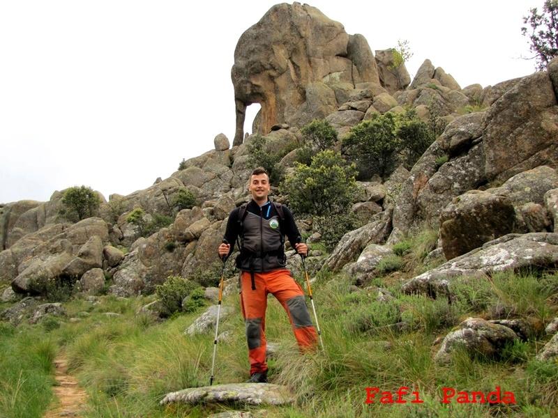 20180529 - LA PEDRIZA - EL YELMO con mi hijo EDUARDO 01430