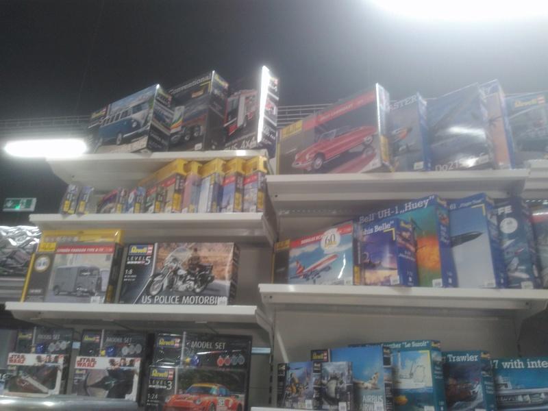 vos images des boutiques vendant du Heller  c'est ici  Img_2053