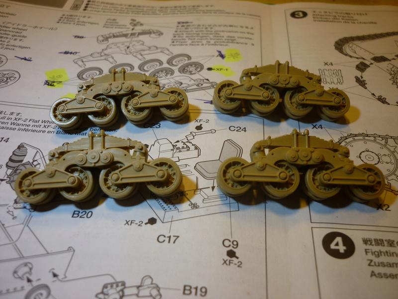 Tunisie 1943: Semovente M40 Tamiya + Camionetta AS 42 Sahariana Italeri + personnages et dromadaires Verlinden 1/35 - Page 4 P1070110