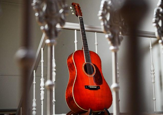 Guitares de luthiers en vente sur le web... - Page 10 Bh_koa10