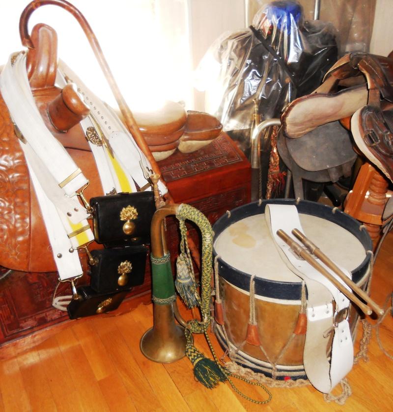Les instruments de musique : caisses - tambours - clairons - trompettes  - Page 3 Dscn0510