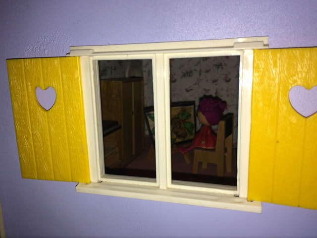 Maison Lundby et autres maisons de poupées de Lilas et Marie... - Page 4 Img_1035
