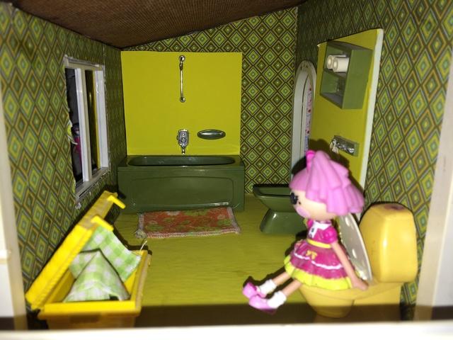 Maison Lundby et autres maisons de poupées de Lilas et Marie... - Page 4 Img_1046