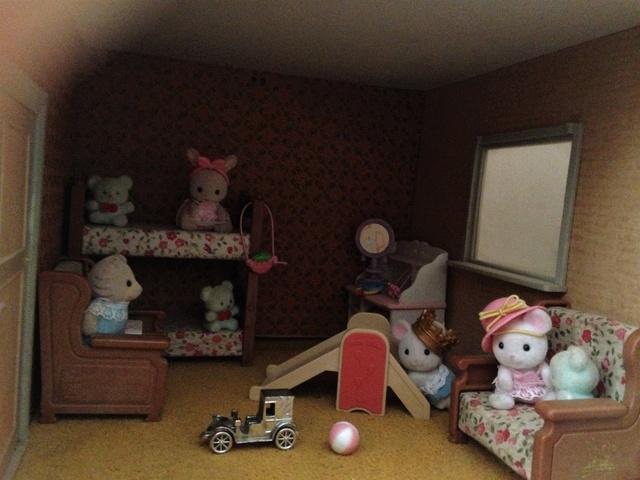 Maison Lundby et autres maisons de poupées de Lilas et Marie... - Page 3 Img_1830