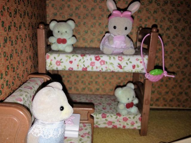 Maison Lundby et autres maisons de poupées de Lilas et Marie... - Page 3 Img_1927