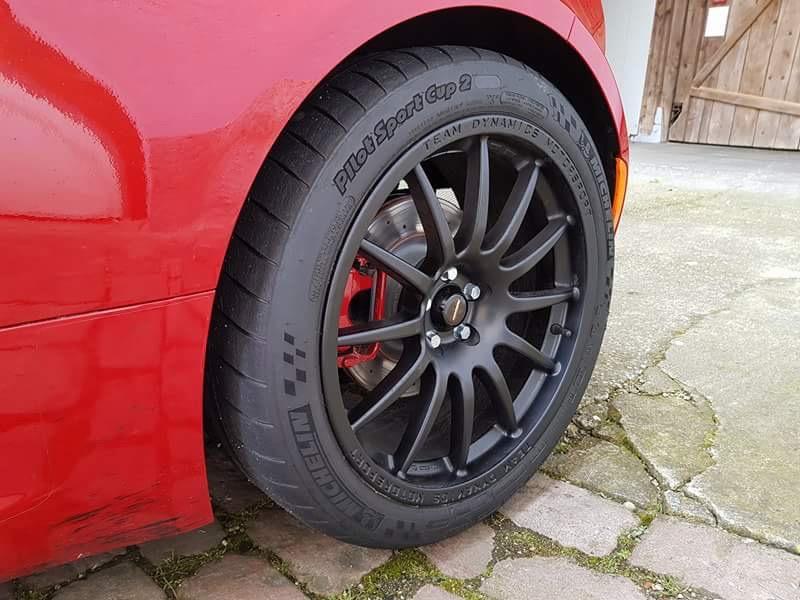 [AVIS] pneus semi slick pour 4C  Ff07ec10