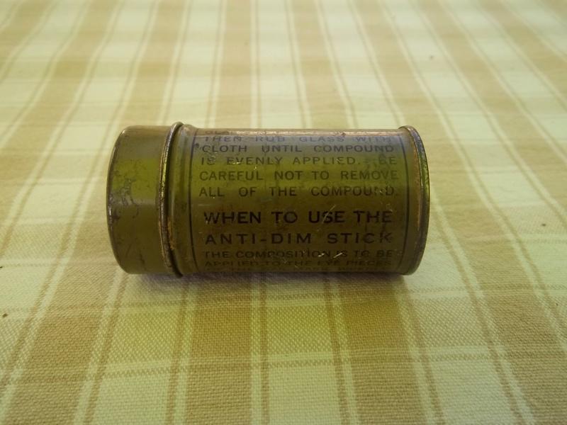 anti dim stick for gas masks et questions... 100_1131
