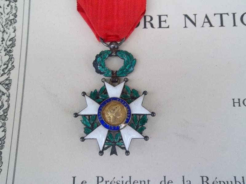 Cadre légion d' honneur du 176 ème d' infanterie  100_1158