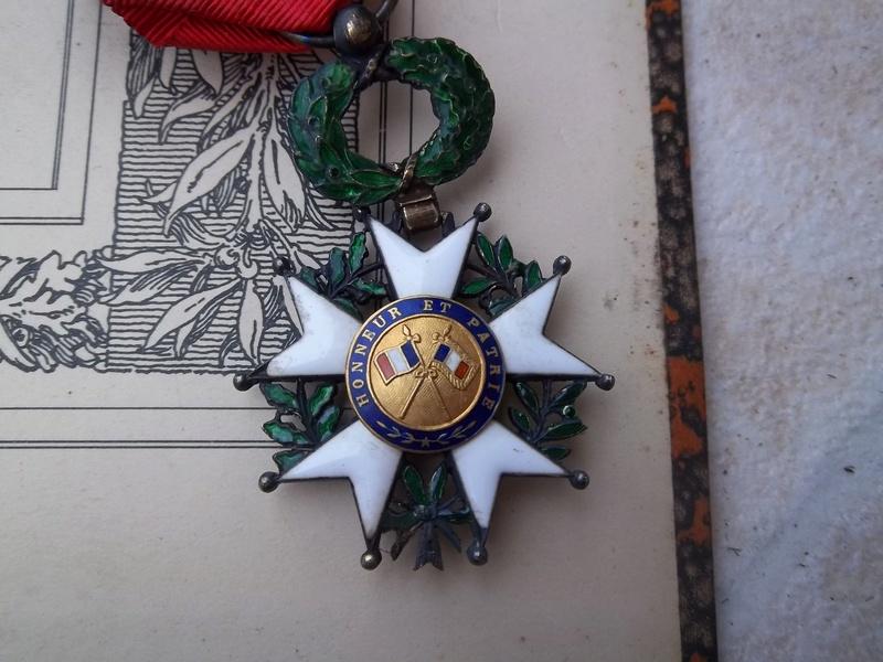 Cadre légion d' honneur du 176 ème d' infanterie  100_1162