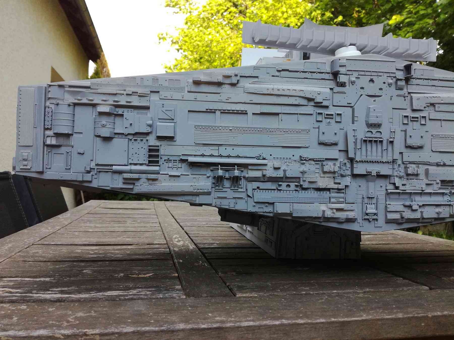 Star destroyer et Falcon - Page 3 510