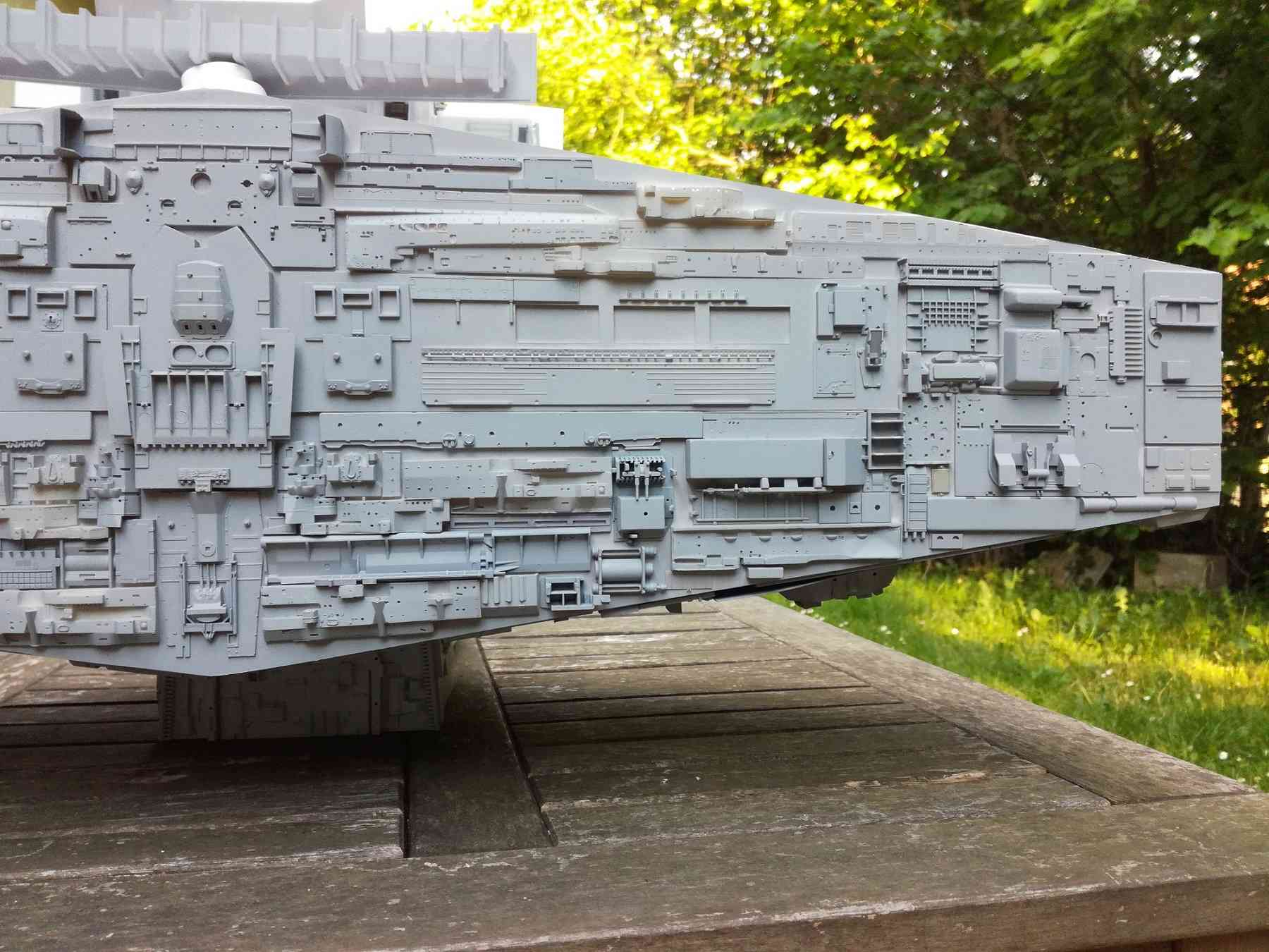Star destroyer et Falcon - Page 3 610