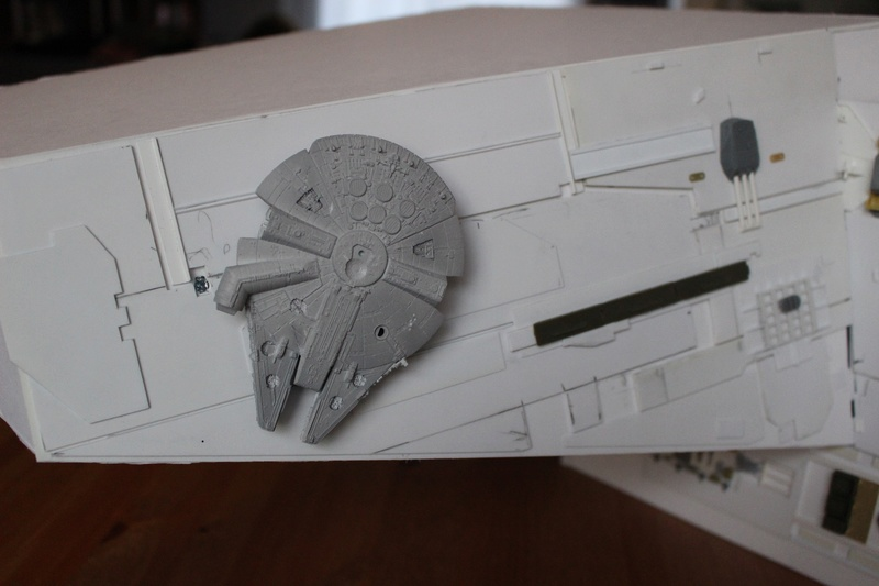 Star destroyer et Falcon Img_1512