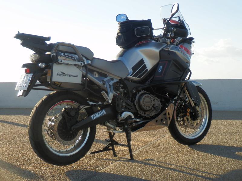 boite a outil ds bike 1200 xtz Pb130010