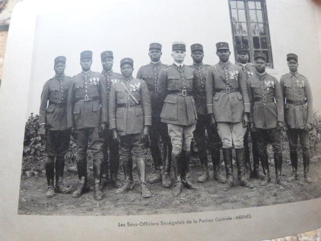 Livret Groupe Autonome d'artillerie coloniale du Maroc Meknes-Fes 1935 P1050319