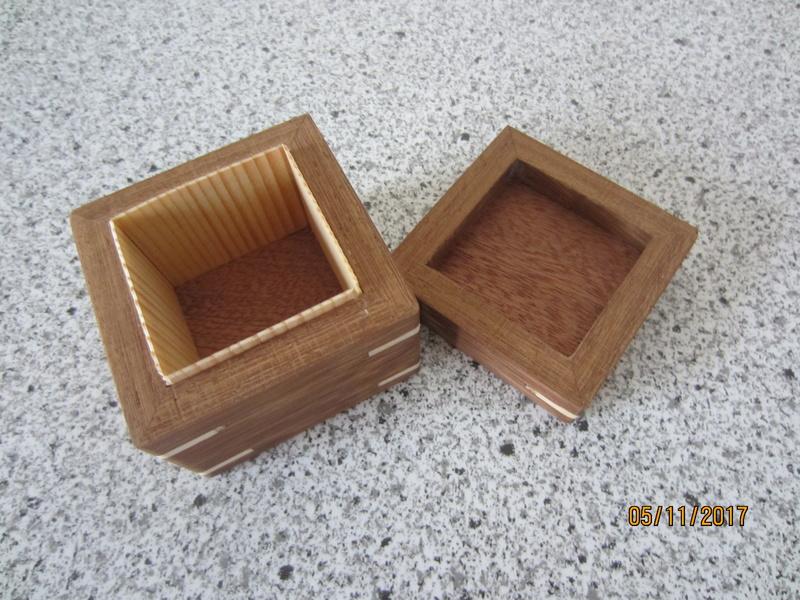 Des boîtes Img_4421