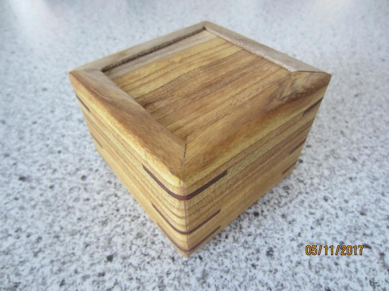 Des boîtes Img_4422