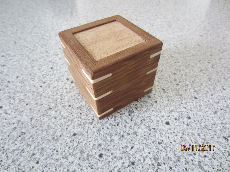 Des boîtes Img_4423