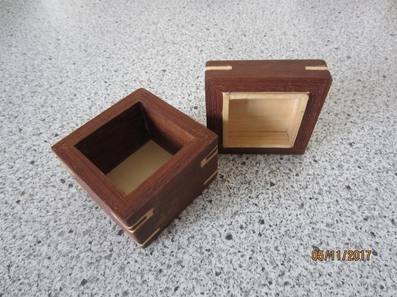 Des boîtes Img_4424