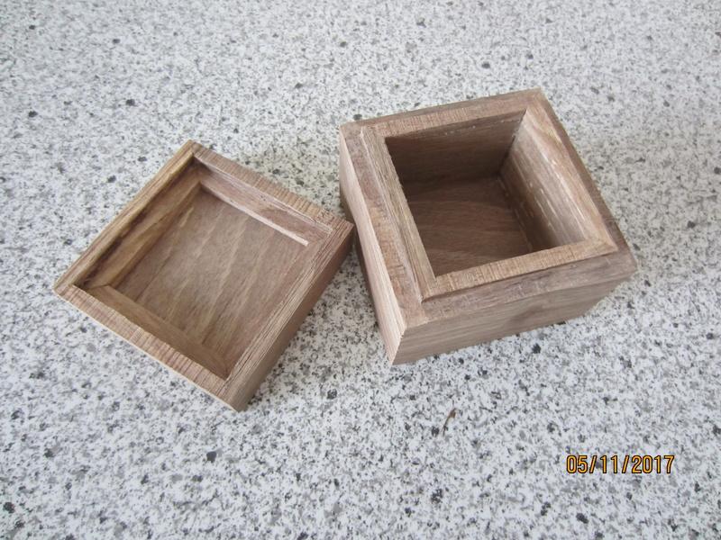 Des boîtes Img_4510