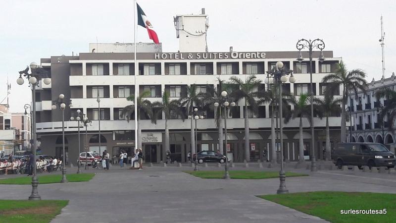 Veracruz .Le 23.04.2018 Passage de notre 45ème frontière. 20180446