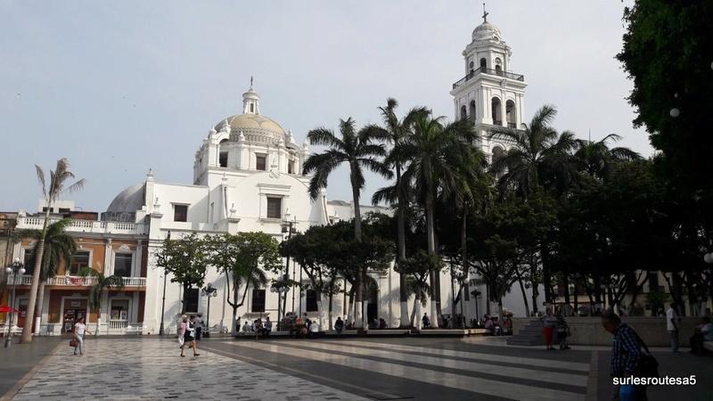 Veracruz .Le 23.04.2018 Passage de notre 45ème frontière. 20180448