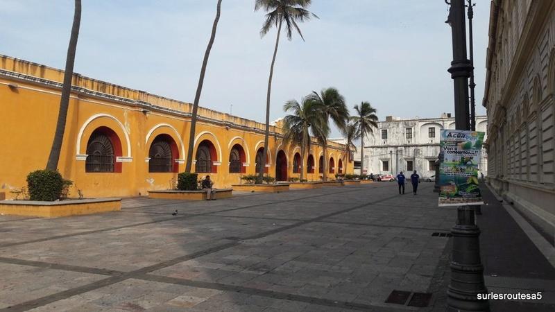 Veracruz .Le 23.04.2018 Passage de notre 45ème frontière. 20180451