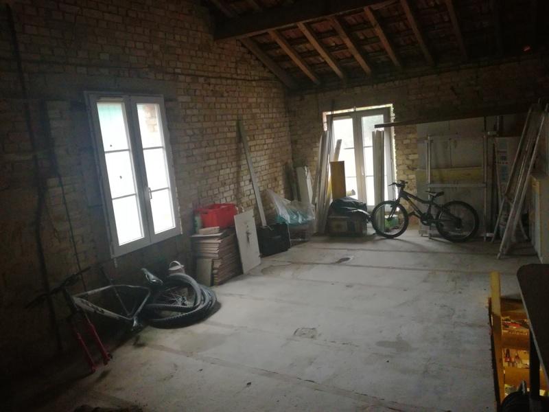Le coin/le garage/l'atelier/le bouiboui  - Page 6 Img_2011