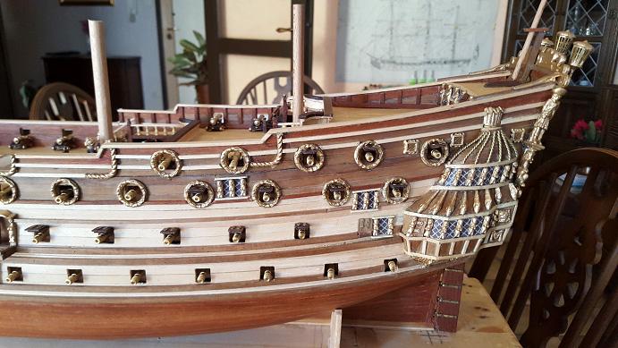 Le HMS Prince 1670 de Constructo au 1/61e de Captain Chris - Page 5 Mantel13