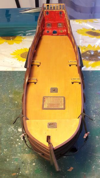 La Santa Maria le bateau est fini !!!!!!! - Page 2 2318