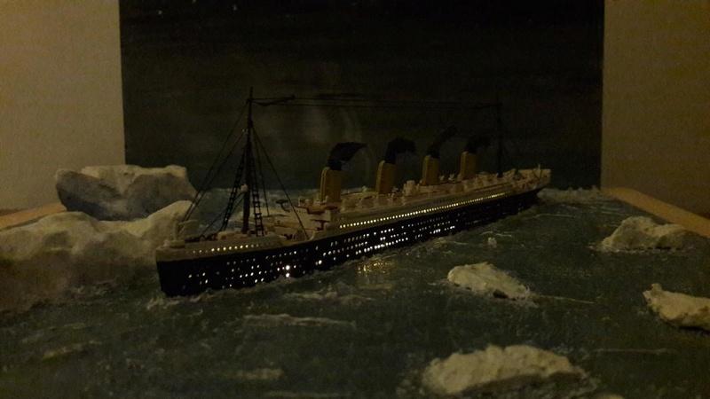 Dio : Le Titanic un peu avant le drame (1/1200°) par antoine17690 2714
