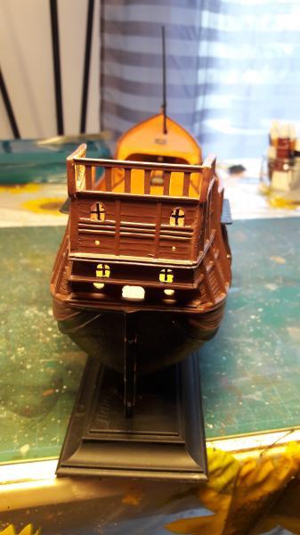 La Santa Maria le bateau est fini !!!!!!! - Page 2 2719