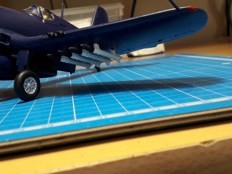 F4U-4 Corsair FINI !!!!!!!!! - Page 3 2727