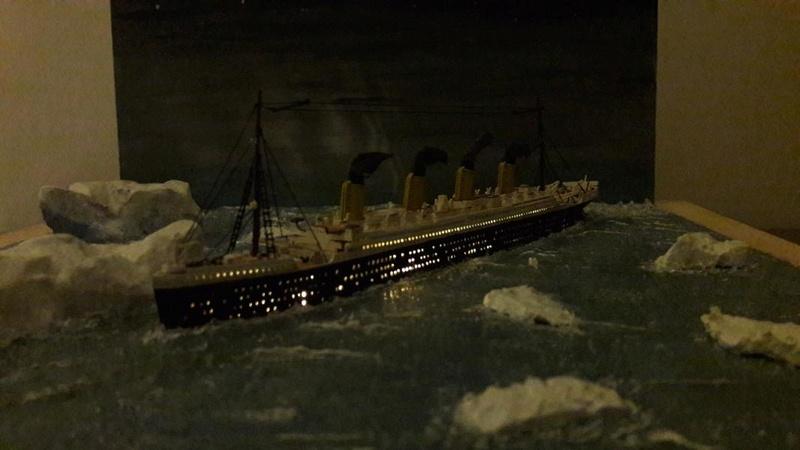 Dio : Le Titanic un peu avant le drame (1/1200°) par antoine17690 2815