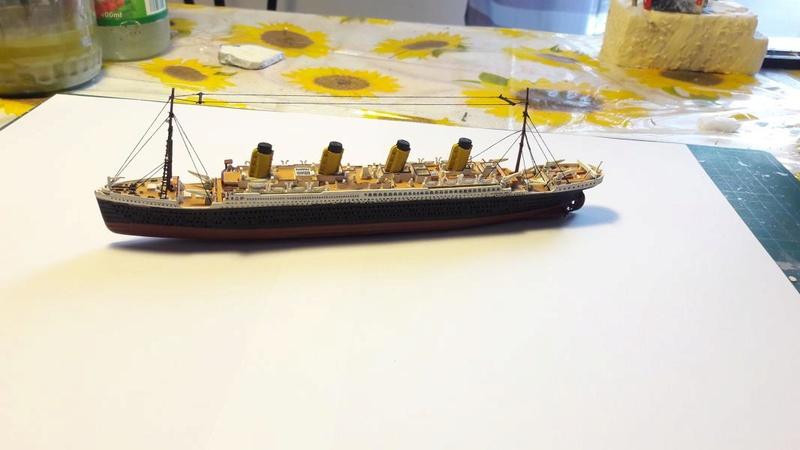 Rms Titanic 1/1200 il est fini!!!! - Page 2 2916