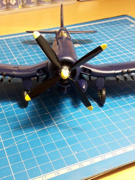 F4U-4 Corsair FINI !!!!!!!!! - Page 3 2929