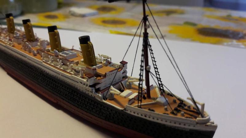 Rms Titanic 1/1200 il est fini!!!! - Page 2 3213