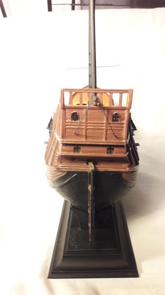 La Santa Maria le bateau est fini !!!!!!! - Page 2 3815
