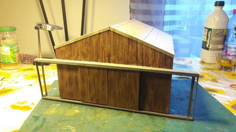 Le cageot devient un hangar, il est fini!!!!! - Page 3 5213