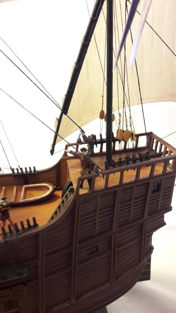 La Santa Maria le bateau est fini !!!!!!! - Page 2 6411