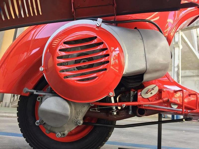 Vespa 98 Corsa de 1947 / Bacchetta 125 de 1948 21150010