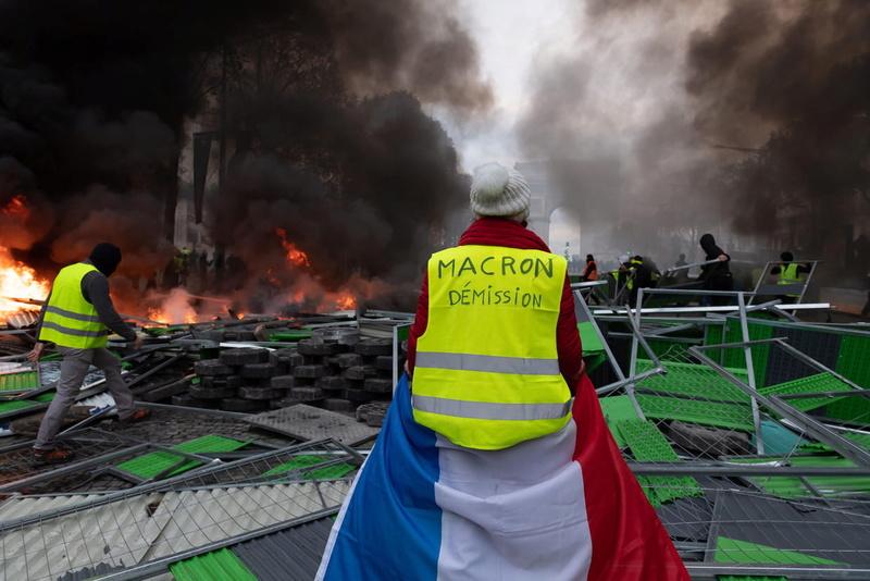 scènes de chaos dans Paris 01 décembre 2018 8310