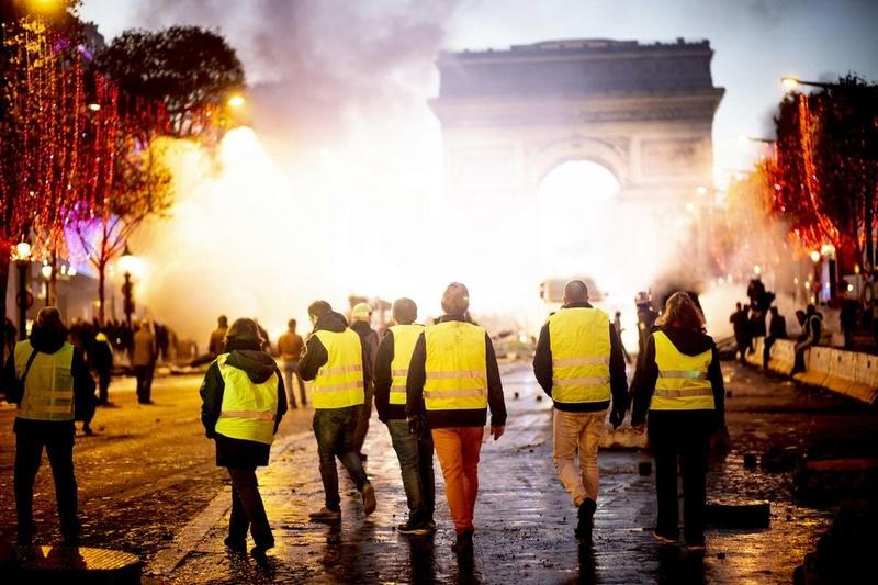 scènes de chaos dans Paris 01 décembre 2018 8610