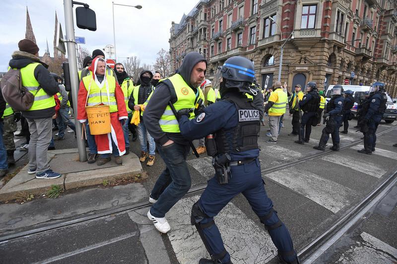 scènes de chaos dans Paris 01 décembre 2018 8810