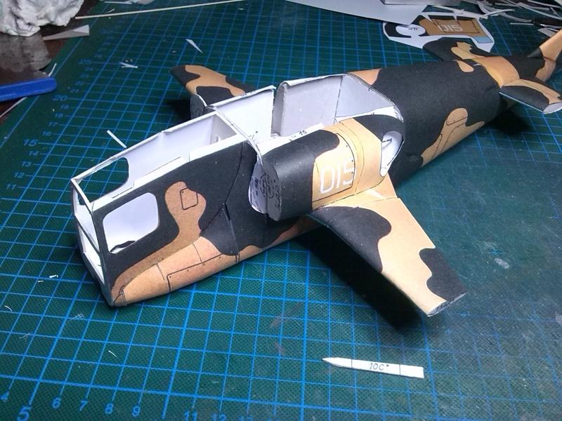 Karton hebt ab, Ka-50 Hobby Model Img_2037