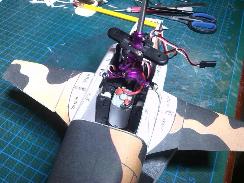 Karton hebt ab, Ka-50 Hobby Model Img_2038