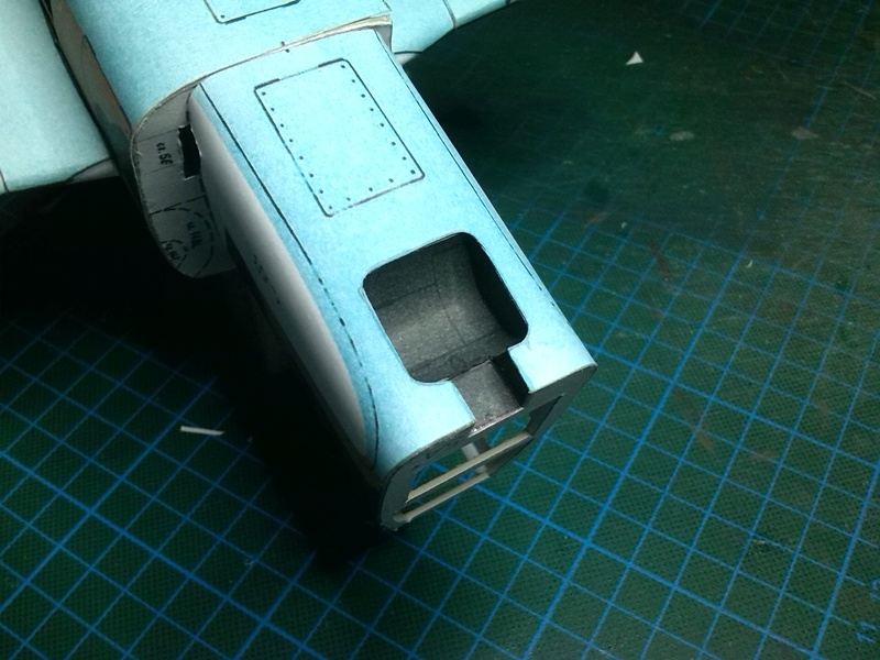 Karton hebt ab, Ka-50 Hobby Model Img_2039