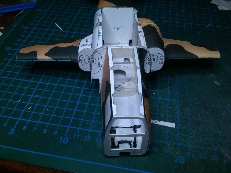 Karton hebt ab, Ka-50 Hobby Model Img_2040